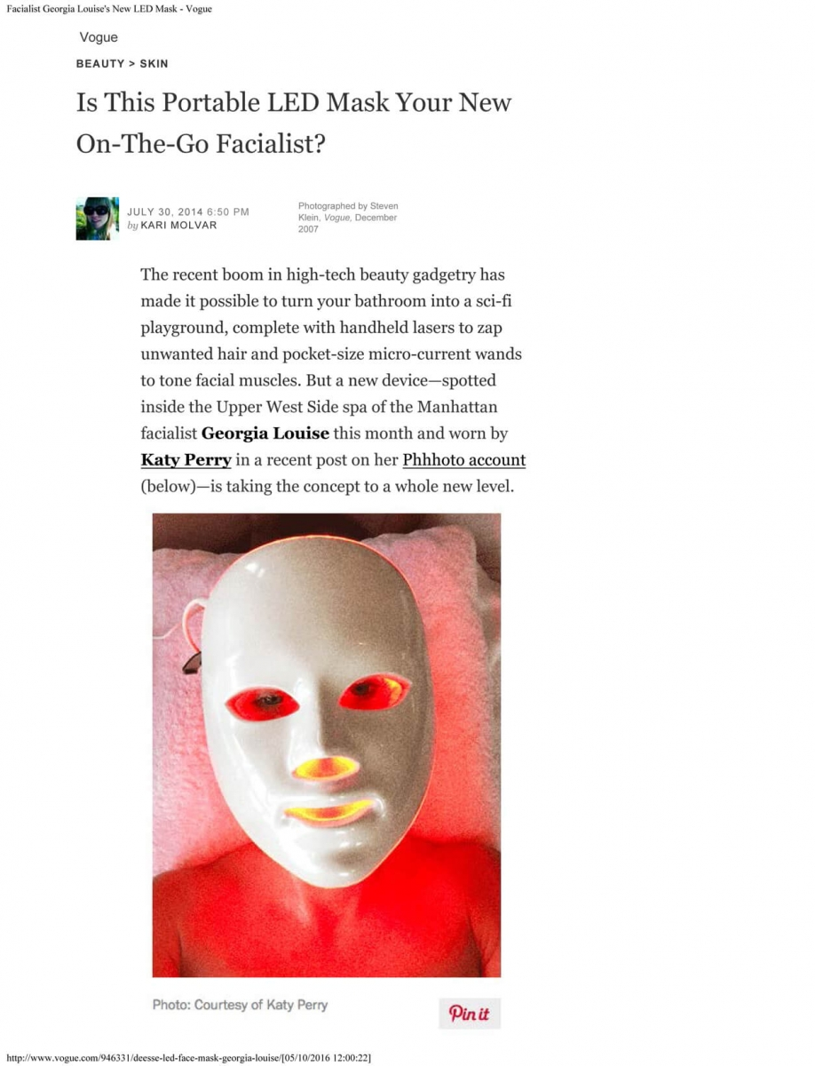 Vogue-Is-This-Portable-LED-Mask-Your-New-On-The-Go-Facialist-1