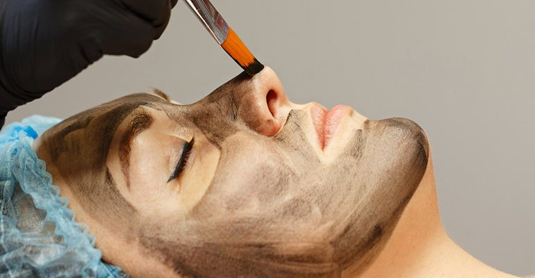 CARBON FACIAL IN MUMBAI